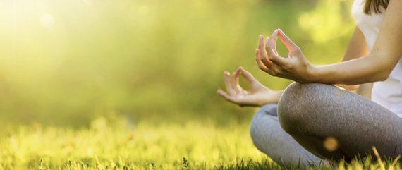 La méditation : une pratique salutaire dans un monde agité